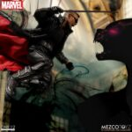 blade mezco (4)