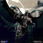 Tactical Suit Batman (11)