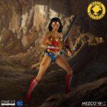 Wonder Woman (2)
